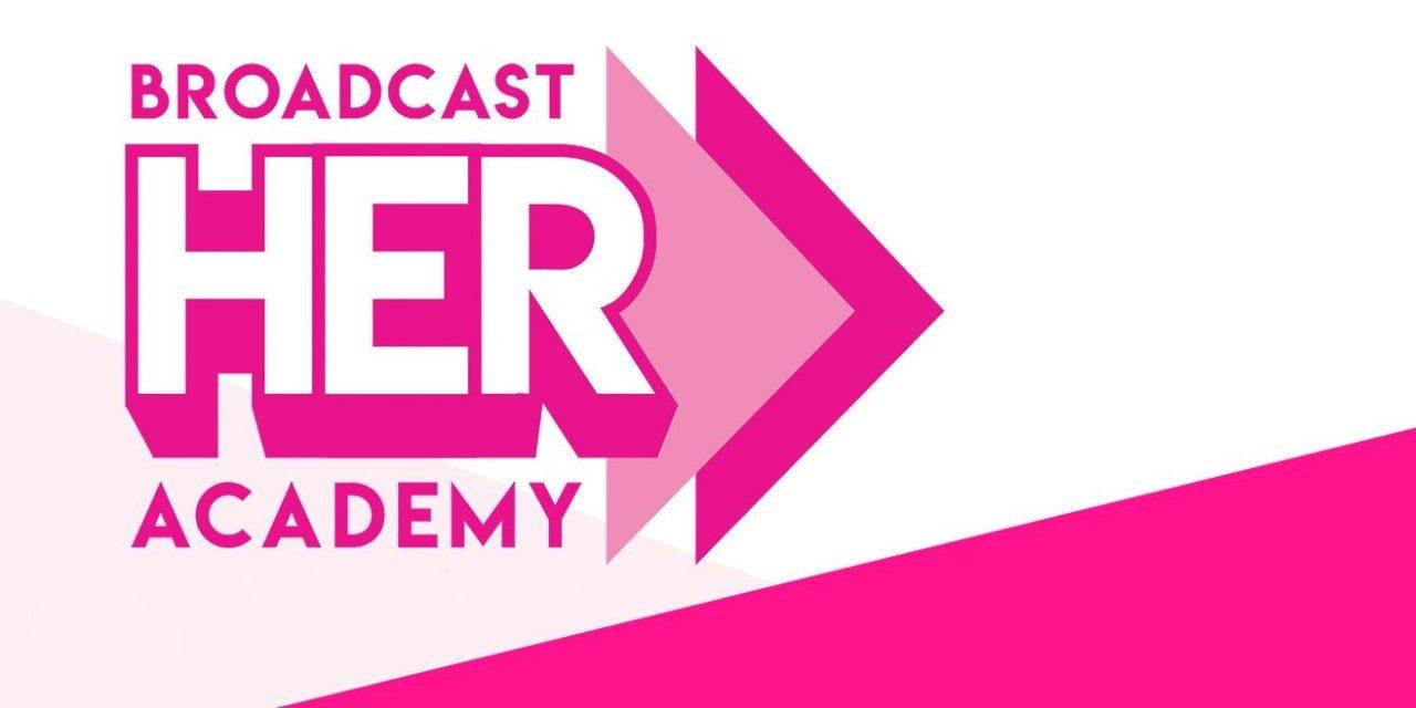 Comment l'Académie BroadcastHER du Fonds 1000 Dreams soutient les femmes dans le domaine des jeux vidéo.