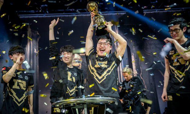 RNG remporte la couronne lors du tournoi de mi-saison de LoL.
