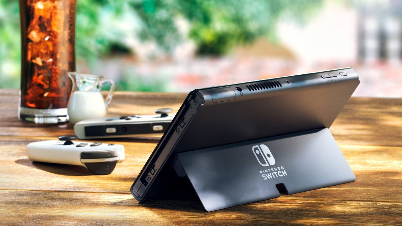 Nintendo Switch OLED differences should you buy it