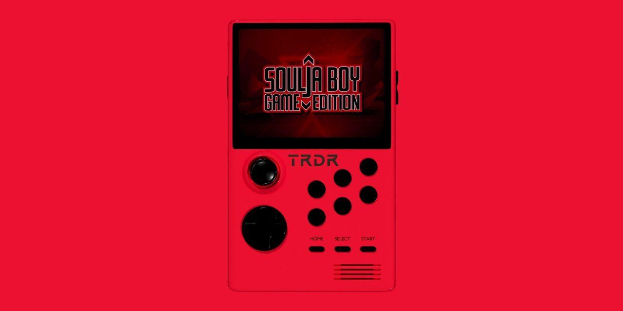 Soulja Boy a apposé son nom sur une autre console rétro et déteste les mauvaises critiques à son égard.